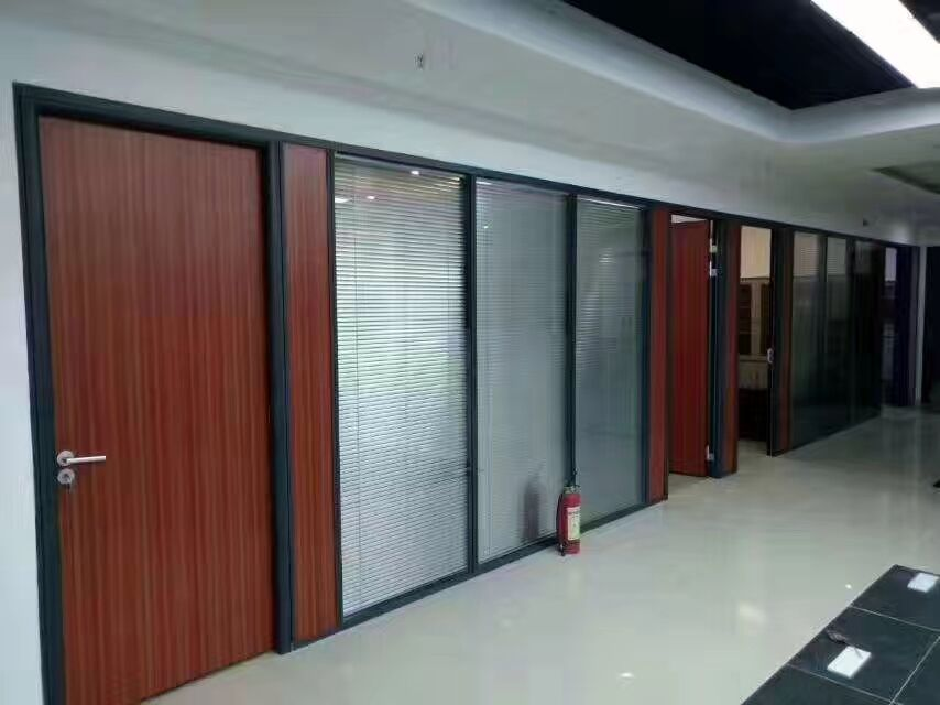 Customized Double Glass Louver Modern Office Partition With Sunshade Control Sunshine Partitions
