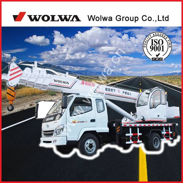 8 tons mobil crane for sale in good price