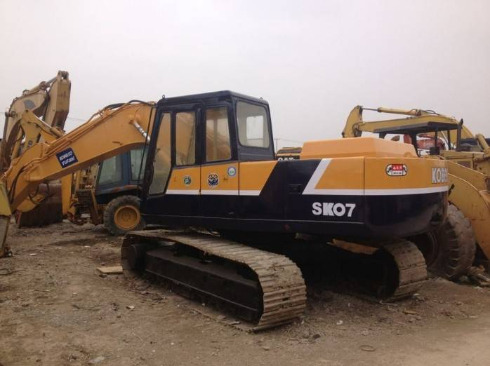 Used Kobelco sk07 crawler excavator is in good conditon for sale