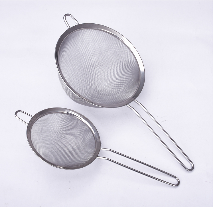 Set of 2 Pieces Stainless Steel Colander Flour Shaker Sieve Tools
