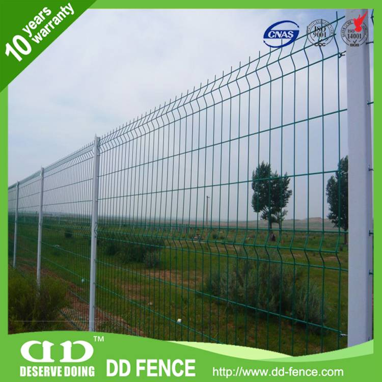 hot dipped galvanized 3d profile welded mesh fence