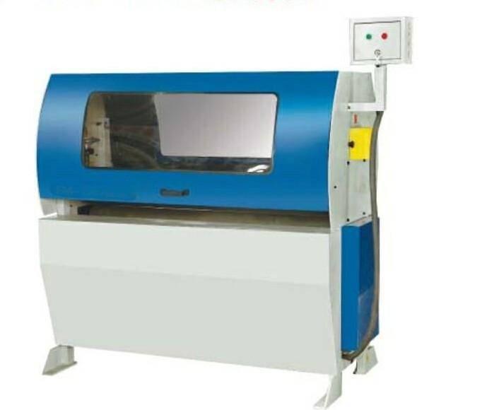 Metal Surface Derusting Machine