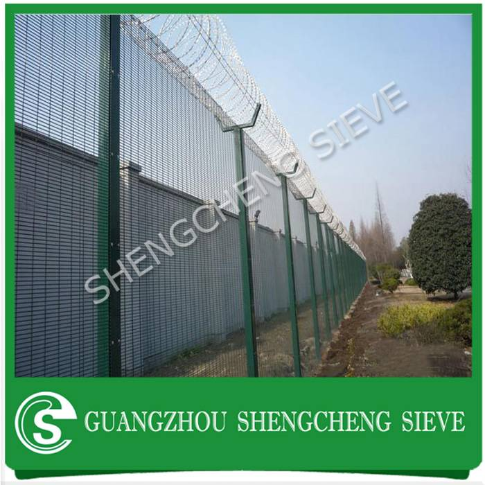 Super border fence concertina razor barbed wire security 358 fencing for military base