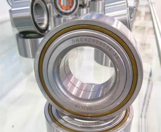 Auto wheel hub bearing DAC42820036/34