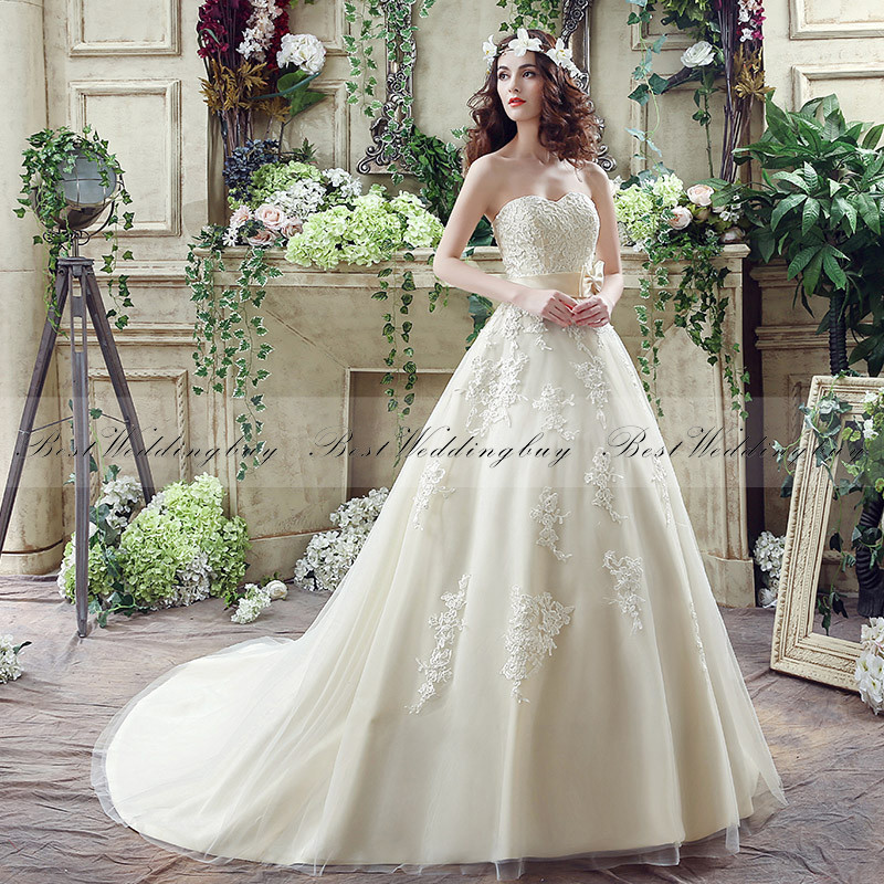 Wholesale Sweetheart Sleeveless Lace-Up Champagne Wedding Dresses