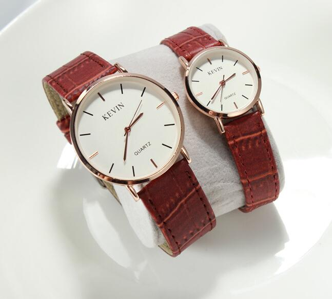 Yxl-235 Genuine Leather Strap Clused Watch Stainless Steel or Alloy Case Custom Designed Watches Men