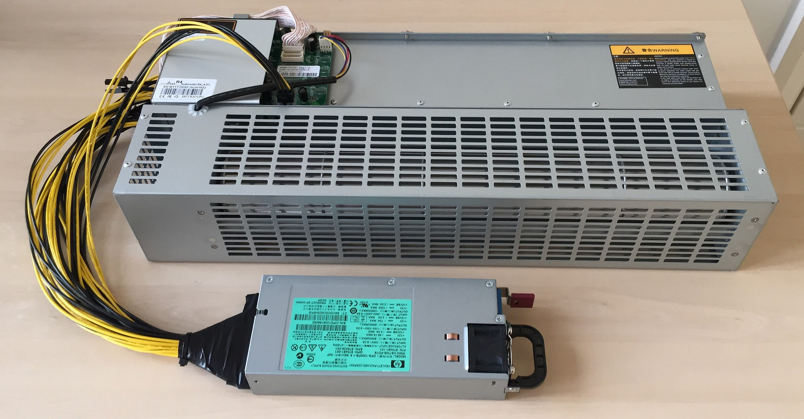 Bitcoin Bitmain Antminer R4 home miner 8.7TH