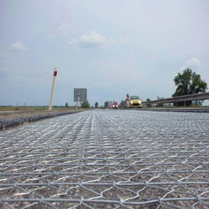 Gabion box to strength the stability of the river beds
