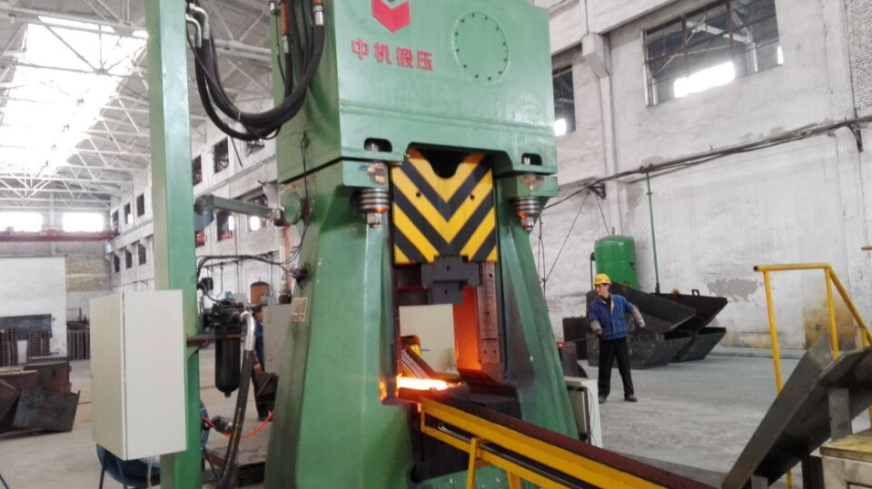 C88K-31.5kJ PLC Control Hydraulic Die Forging Hammer for Hand Tools/Pliers/Wrenches/Pincers Forging