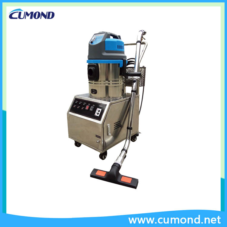 Steam cleaning machine and vacuum cleaner