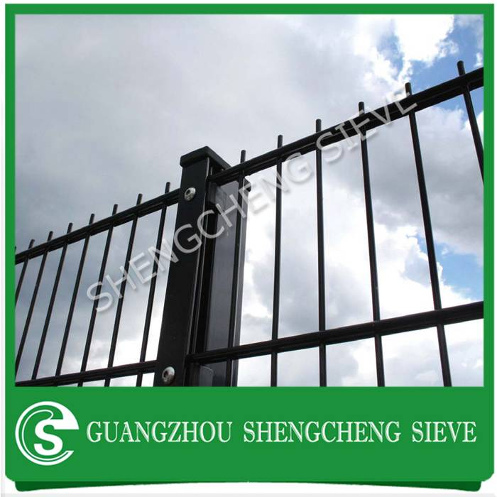 Heavy metal decorative wire 8/6/8 fence guardian Nylofor 2d panel fencing