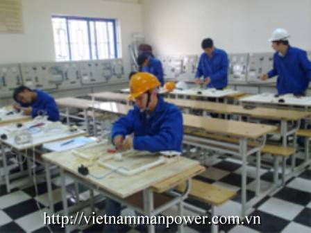 Electricians from Vietnam Manpower