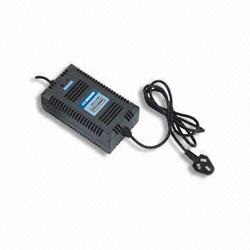 Lightweight Fast Battery Charger with High Efficiency and -10 to +40°C Ambient Temperature
