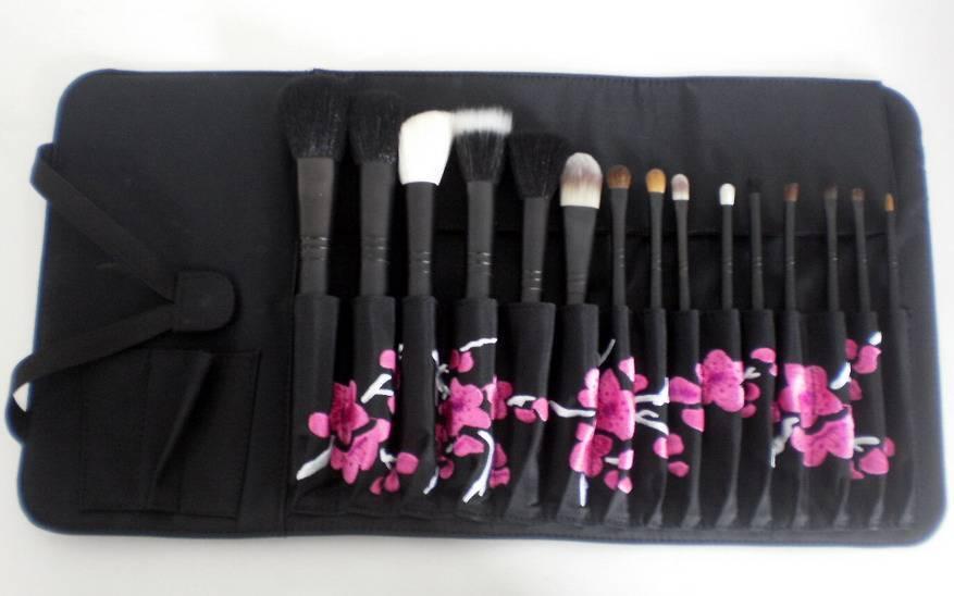 makeup brush set     cosmetic brush set    makeup kit
