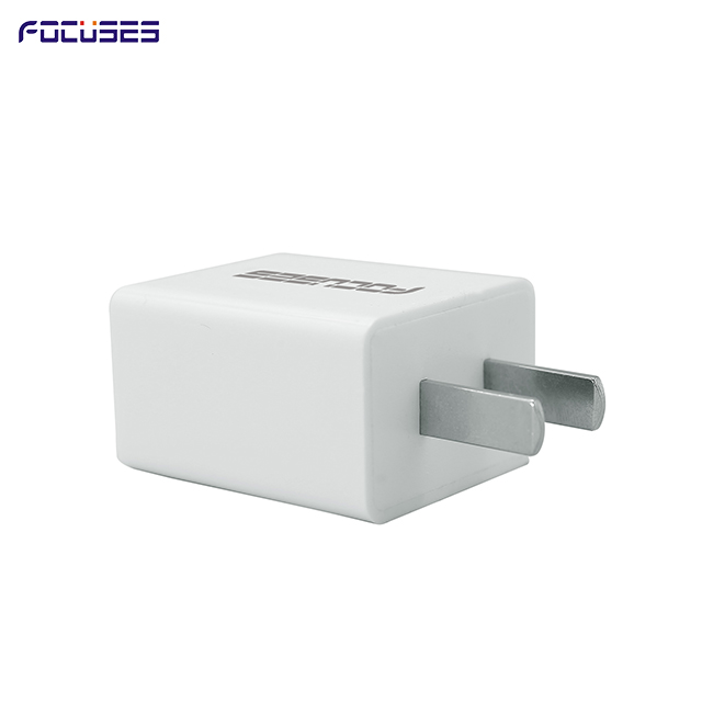 FOCUSES AC 100-240V 50-60Hz, DC Output 5V 2.1A(UL Certified) with smart IC Protection, Universal USB