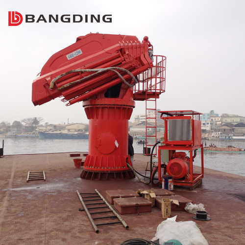 Folding arm hydraulic knuckle boom ship deck crane