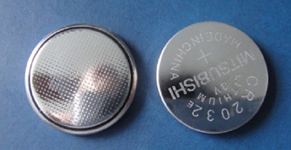 MITSUBISHI lithium button cell battery CR2032 3V for watch
