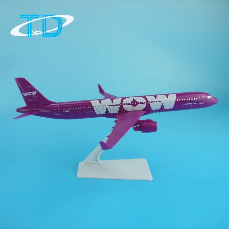 WOW 1:200 22cm ABS Plastic A321NEO passenger plane model