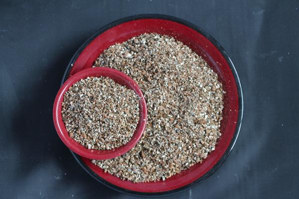 Exfoliated Vermiculite / Crude Vermiculite