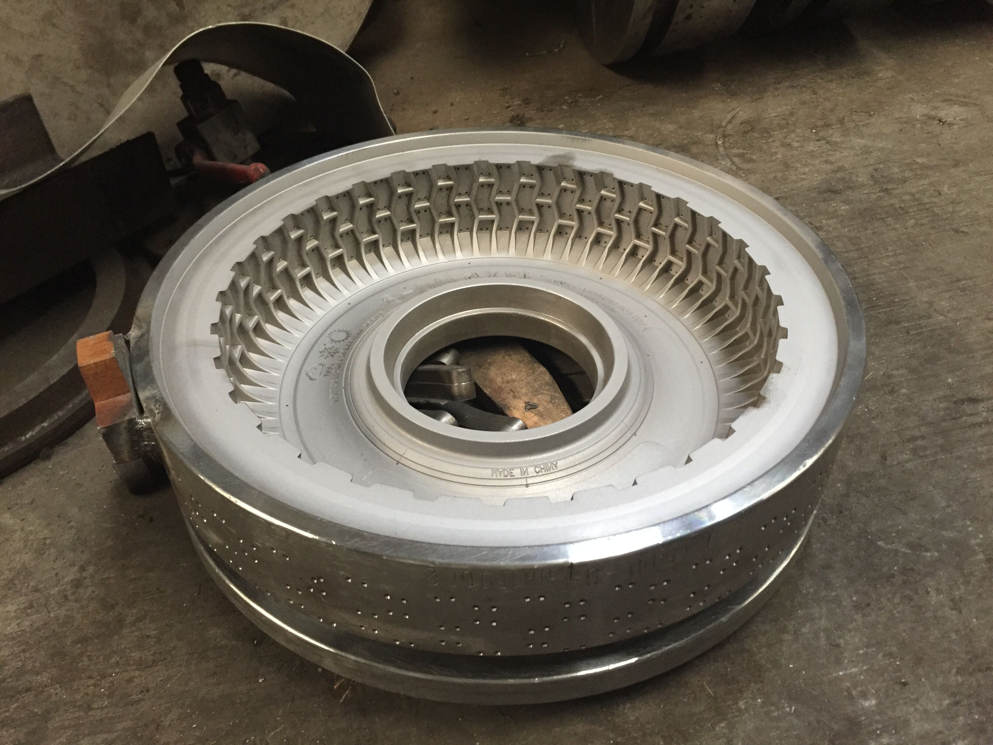 Tire mold for motorcycle bicycle tire making