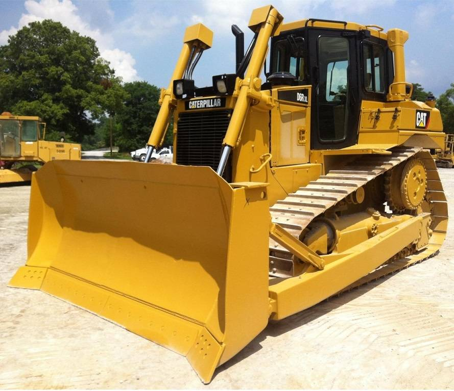 new unused CAT dozer D6R i130002 EIJH db40121