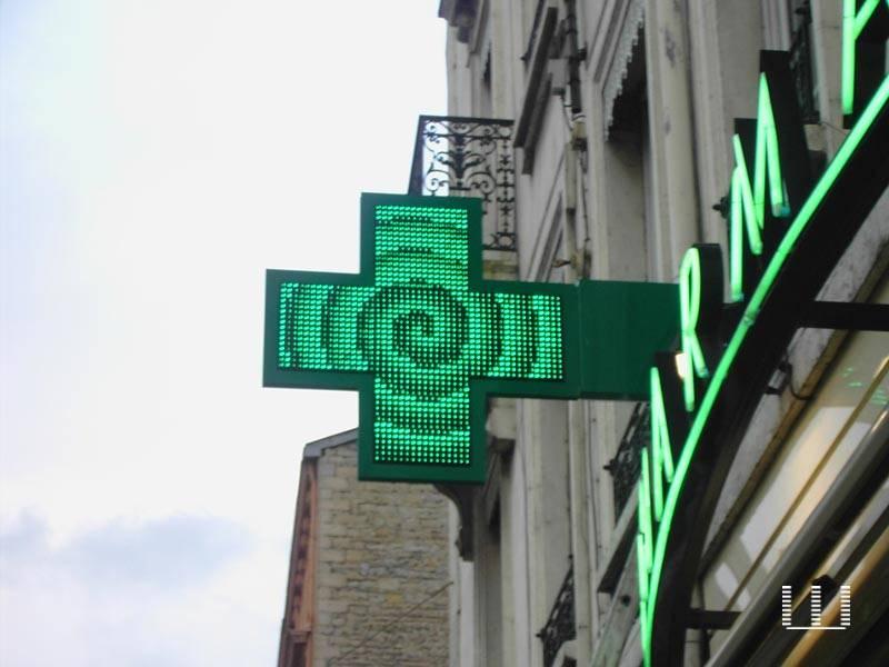 Pharmacy LED Cross With CE Has Many Sizes