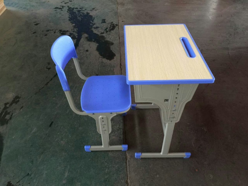 Good Design Strong Metal Structure Wooden School Desk and Chair