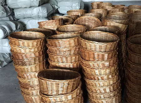 brown christmas baskets for friends