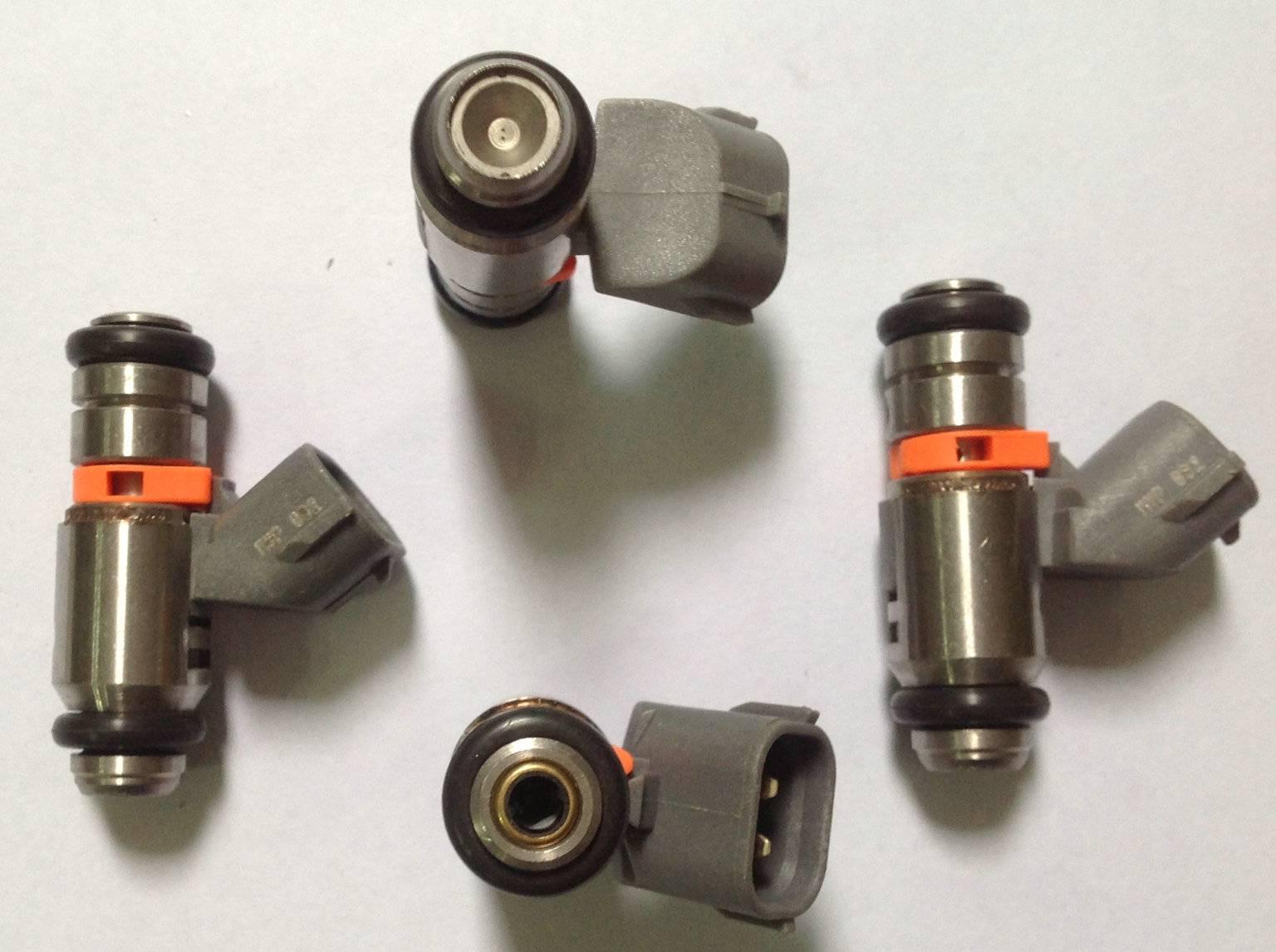 IWP022 fuel injector 021906031B VW Volkswagen Bora 1J AB 09/98/ 1998-2001 2.3 L