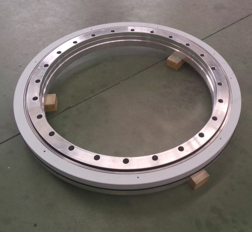 A Four-point contact ball slewing ring bearing without a gear