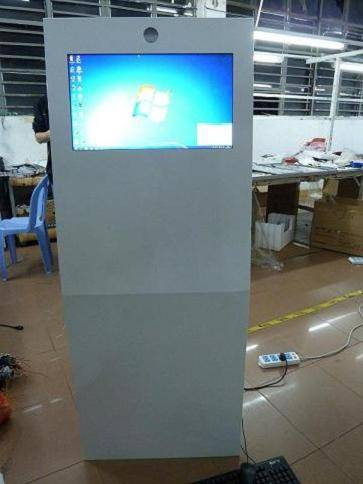 22 inch photo booth / photobooth kiosk / digital signage display