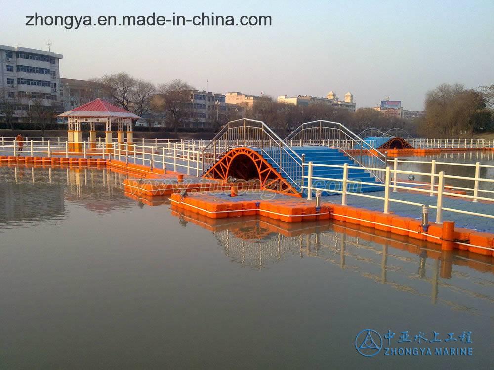 Floating Cube Bridge for Traffic