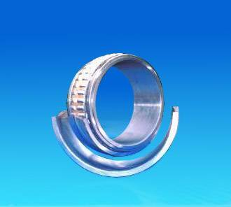 Split-aligning roller bearings
