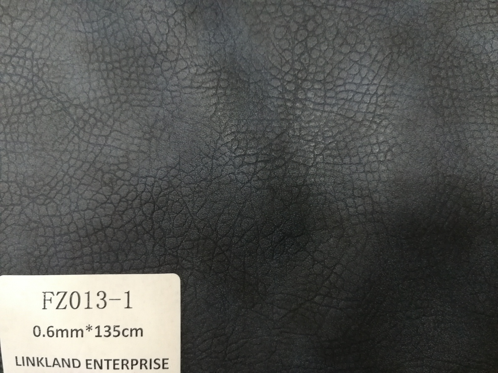 Synthetic PU Leather with Embossing for Garment