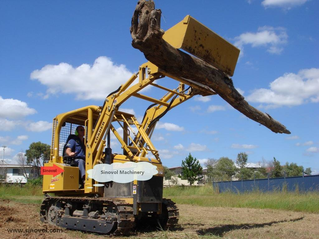 Crawler tractor with front loader