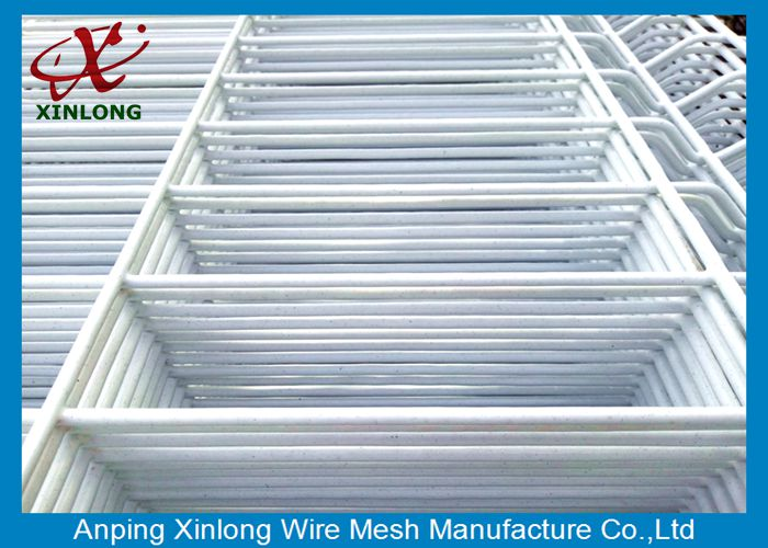 Powders Sprayed Coating Pure White 20050mm 3D Wire Mesh Fence China
