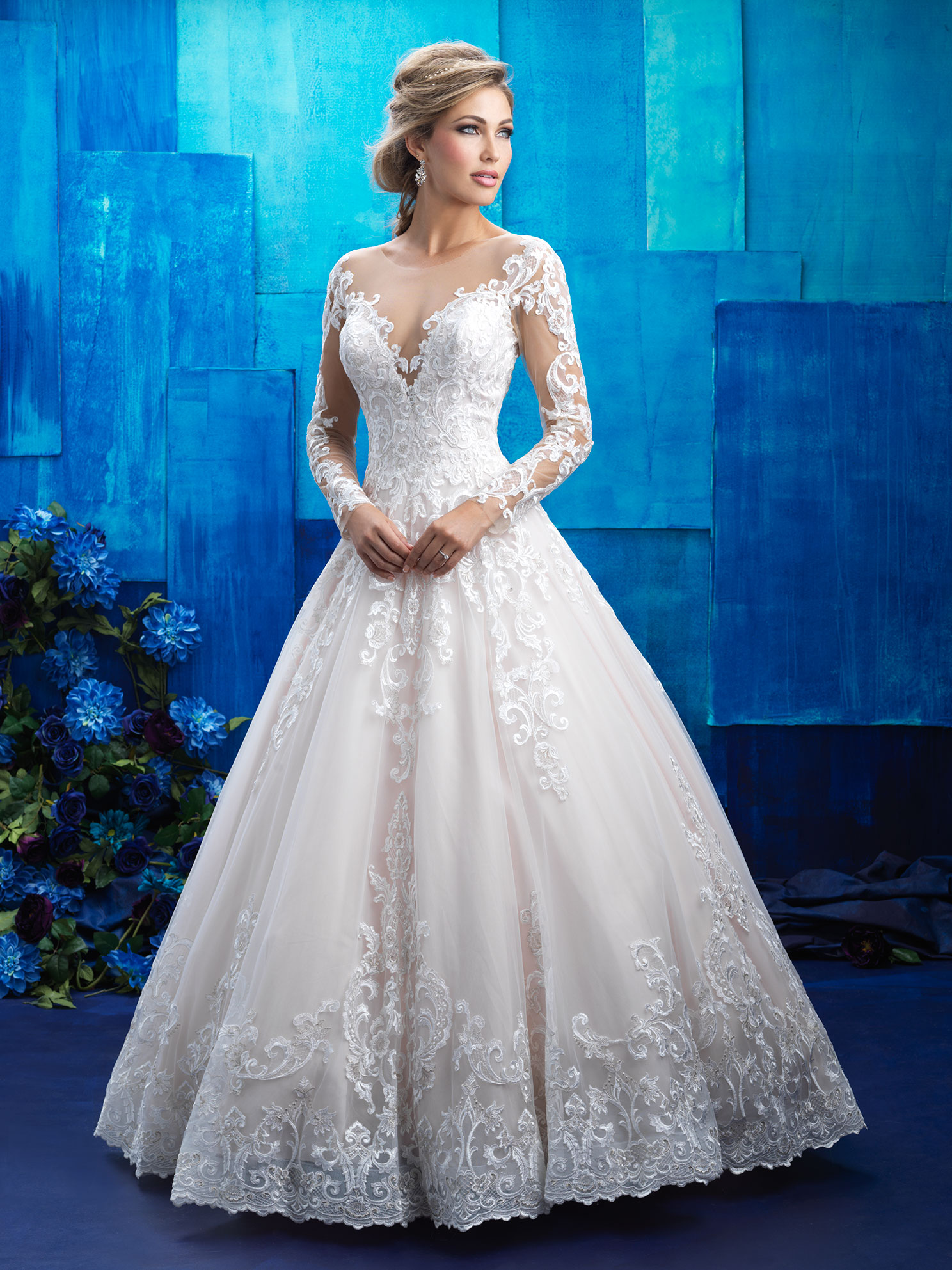 Custom Made Scoop See Through Back Zipper Button Beaded Appliqued Long Sleeve Lace Wedding Dress