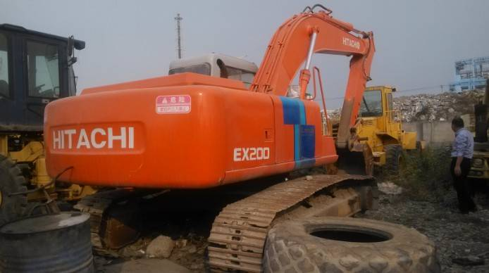 Japan Used Hitachi EX200-2 Crawler Excavator Original from Japan