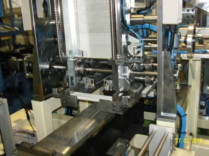 Tube dispensing type Core Builder