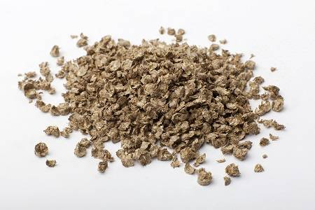 Crushed wheat straw pellets (granulate) bedding