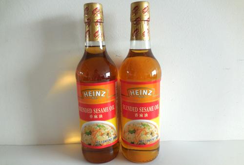 Heinz Brand Blended Sesame Oil 500ml in Glass Bottle