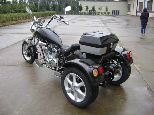 250cc V-twin trike chopper