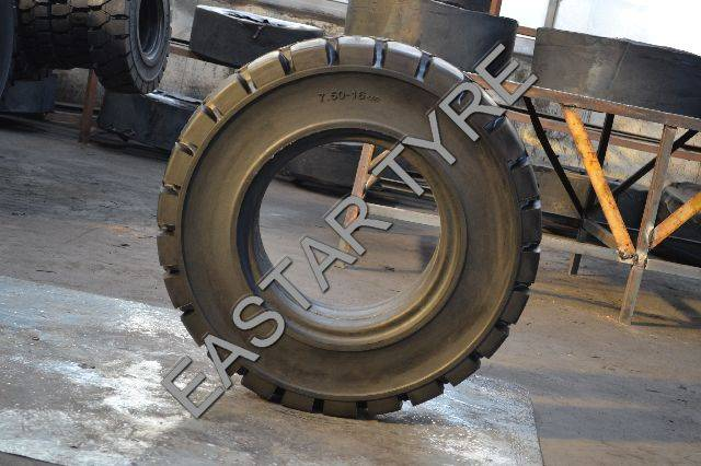 Forklift Solid Tire 815-15 (RT-101)