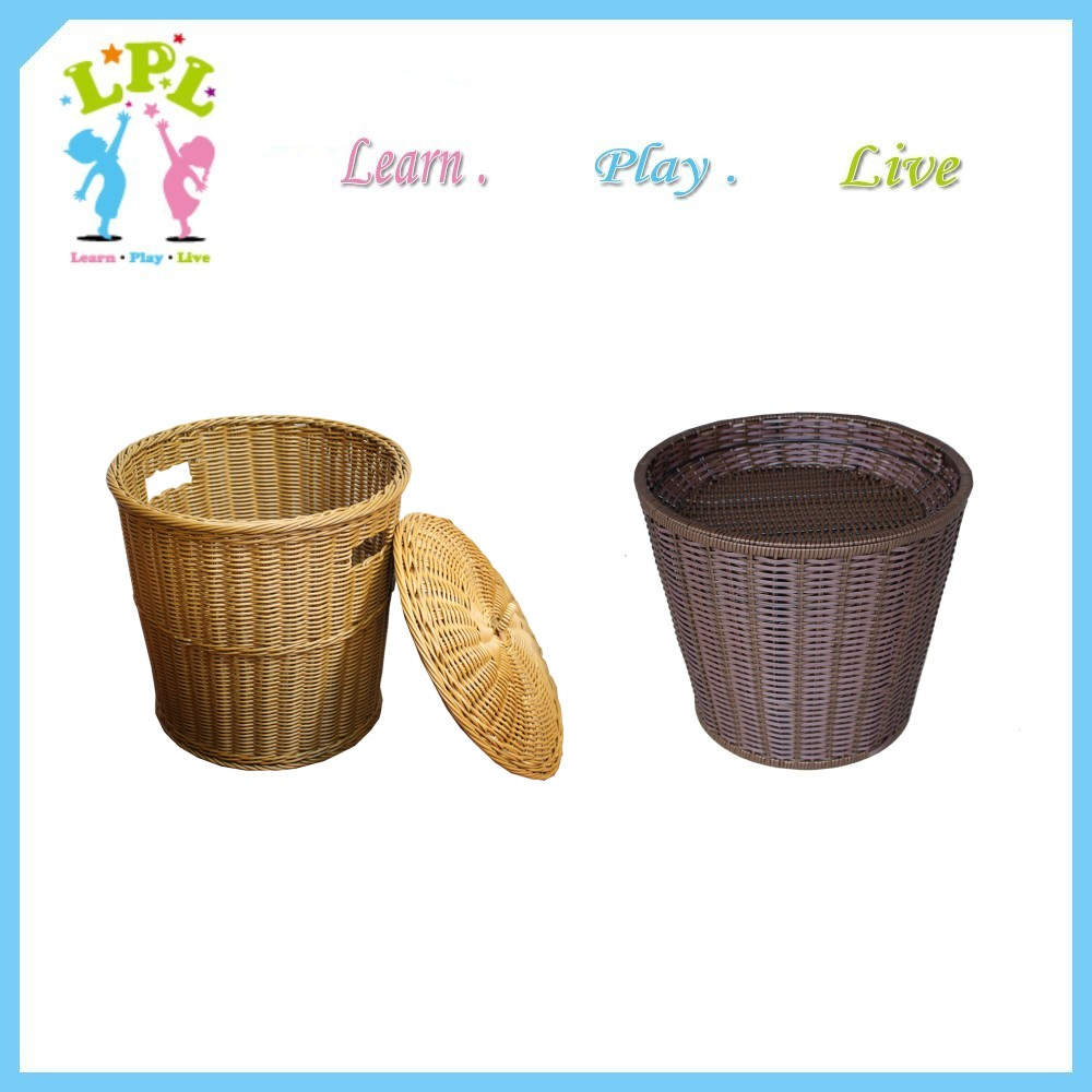 Round Bamboo laundry baskets with lid