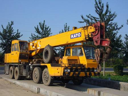KATO NK300 30T used truck mounted crane for sale