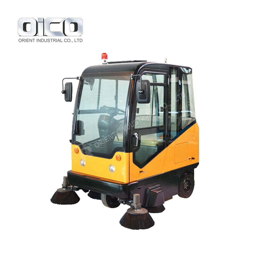E800LC Industrial Street Cleaning Vehicle Road Sweeper For School/Property/Factory Use