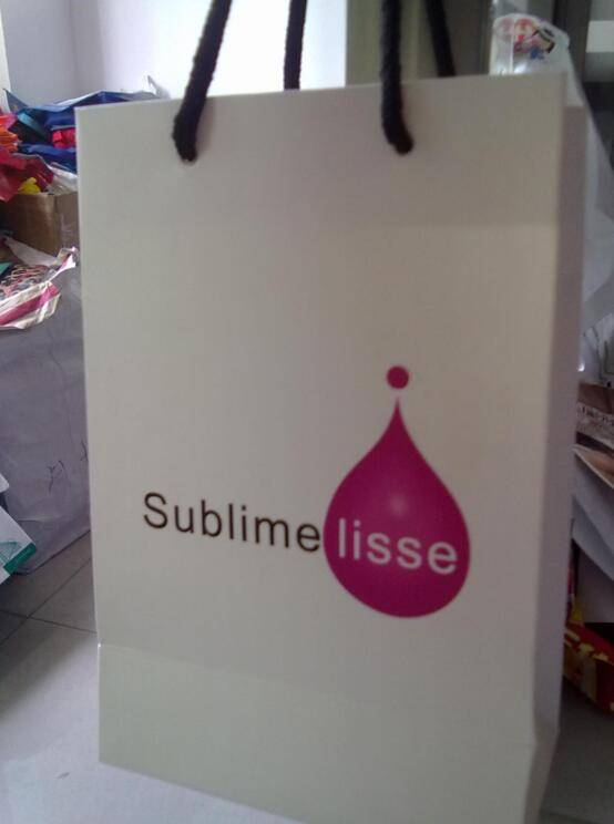 Customized Shopping Paper Bag and paper shopping bag for clothing company