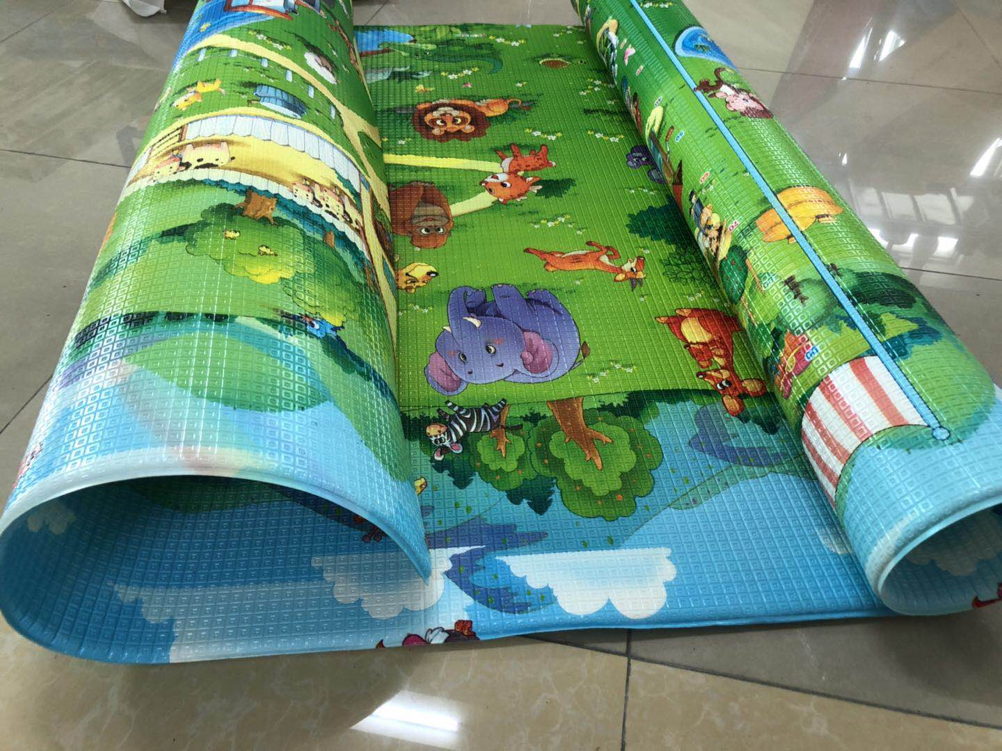 1.5 CM Thick Baby Care Play Mat made by PU foam with double face customized printing