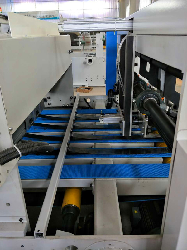 Full Automatic Folder Gluer Down Folding