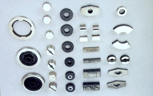 AlNiCo magnets in various specification